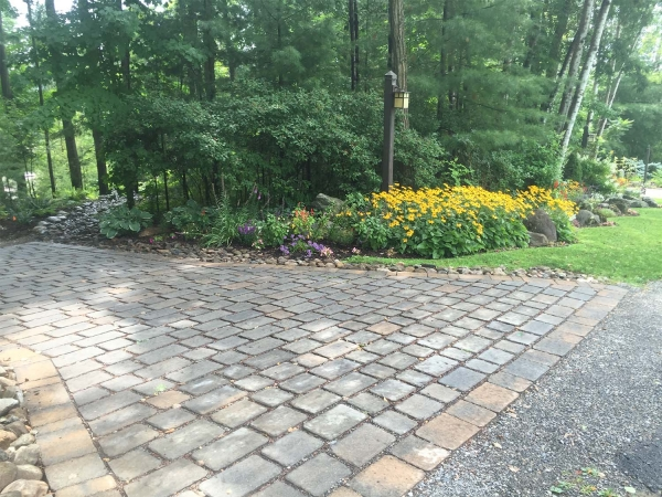 Driveway made with pavers